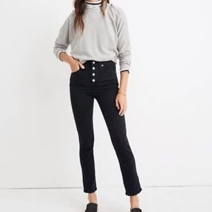 Slim Straight Jeans / Cropped